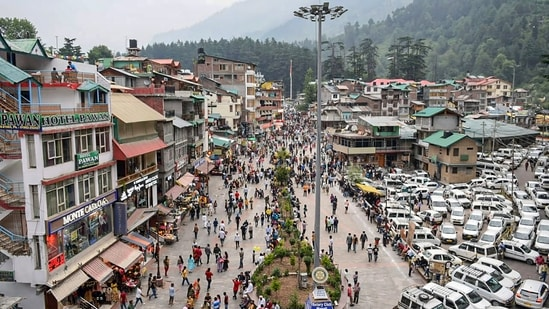 Covid-19-Himachal-Pradesh-gets-tough-against-overcrowding-at-tourist-spots- Best Article