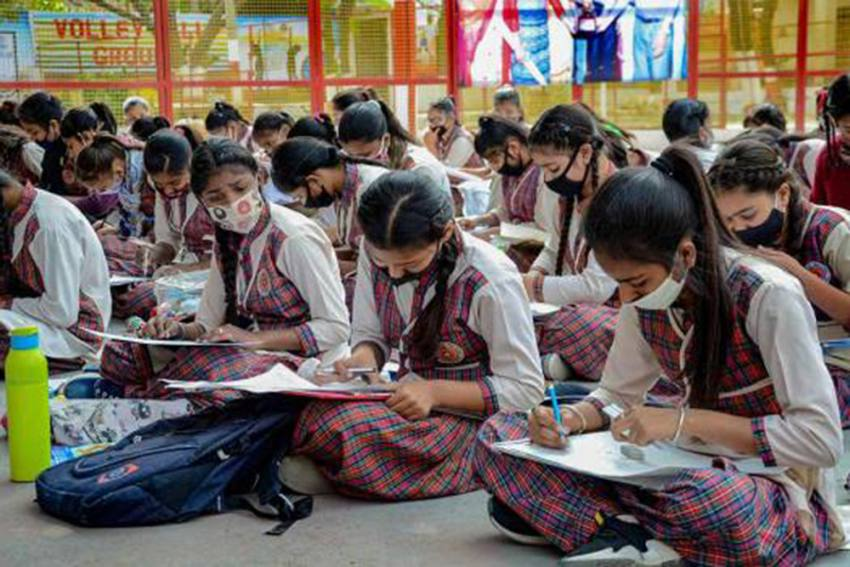 Amid-Decline-In-Number-Of-Covid19-Cases,-Himachal-Pradesh-Mulls-Reopening-Schools- Best Article