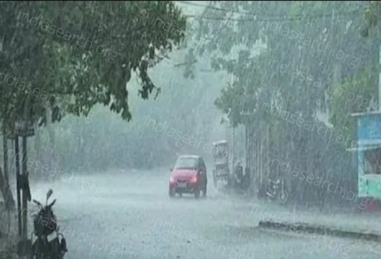 Red-Alert-in-Himachal-Pradesh,-Heavy-Rain-Likely-Today-and-Tomorrow- Best Article
