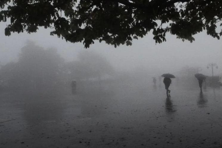 मौसम--हिमाचल-में-तीन-दिन-भारी-बारिश-का-अलर्ट,-नदी-नालों-से-दूर-रहने-की-सलाह- Best Article