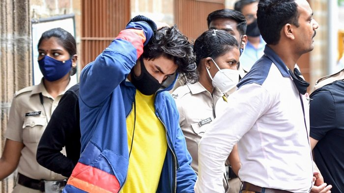 No-Bail-For-Aryan-Khan,-He-Will-Spend-Weekend-In-Jail- Best Article