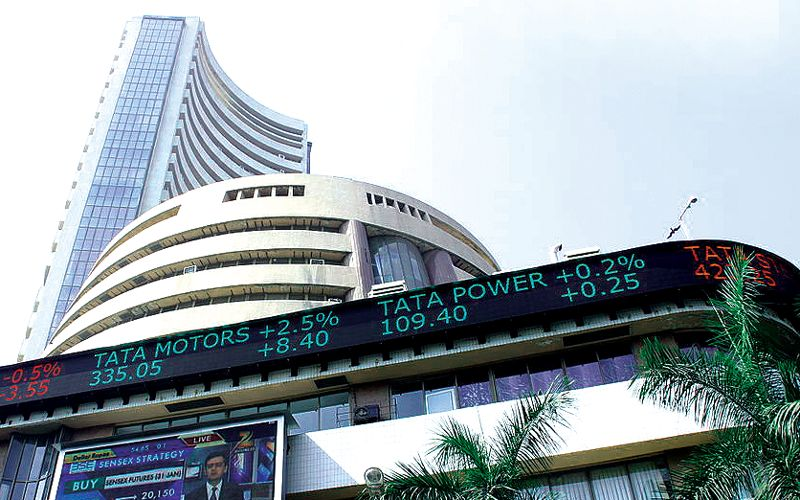 Sensex-plunges-more-than-500-focuses-on-worldwide-selloff;-Nifty-tests-17,600- Best Article